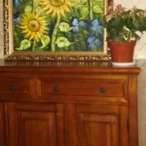 鞋柜上换了向日葵