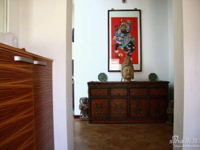 绵竹的年画镇宅图,还有西藏的古董家具