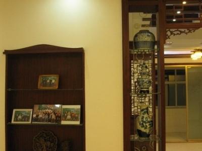 客厅一角,及饰品