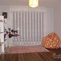 这是我们家的书房、茶房。也是我和刘小乐晒太阳、发呆的最佳场所