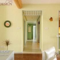 """进门的瞬间给人一种清新雅致的感觉,和房子主人的气质很相称,有一个词可以来形容,""""轻熟女"""",白色的家具、墙线,加上粉绿的流行色搭配,让你不由自主的喜欢上。最抢眼的地方要数厨房设计了,也是主人最喜欢的一个改造亮点"""