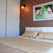 换个角度看看,温馨的大卧室,好喜欢哦。