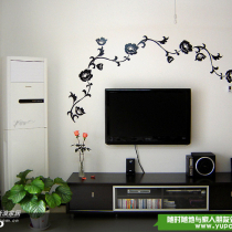 电视墙来啦,因为对面的颜色太鲜靓了,所以这里只用了最简单的黑和白两种色彩,一开始本来就只有白白的墙,后来忍不住贴了墙贴上去,于是沉闷的黑白色也变得生动起来啦~