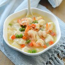 【虾球烩豆腐】美味又易做。
