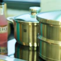 可爱的锅子们,家里就是需要这样的明净。