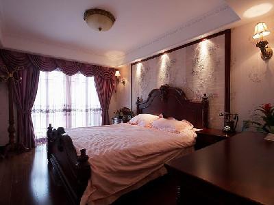 看我们的卧室温馨吧