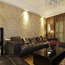 简单黑色真皮沙发,搭配整体浅咖色系软装下,很显品位