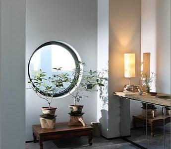现代风格家居设计表现得简约而不简单,时尚而又典雅,极具后现代主义经典设计元素,现代风格家居设计将空间装饰得深沉、雅致又不失灵性,现代风格家居设计适宜年轻时尚一族
