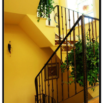 2楼的楼梯拐角