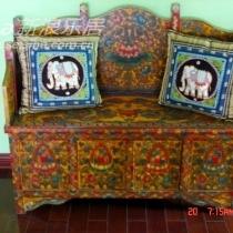 藏式家具的色彩是我迷恋的主要原因