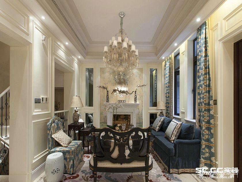 客厅作为待客区域,一般要求简洁明快,同时装修较其它空间要更明快光鲜