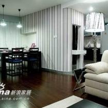 客厅设计:冷静与妖娆和谐共存