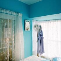 白领女子的公寓:鲜花盛开的小屋