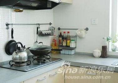 我最喜欢的家务就是涮洗锅碗所以厨房每天都是这么干净~~~
