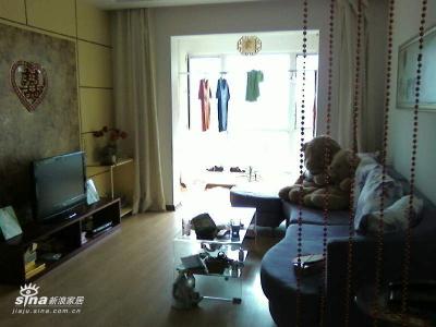 客厅全貌,本人不擅长家务,比较乱,不好意思了:)
