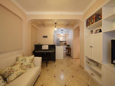 利用进门墙体转位摆放钢琴