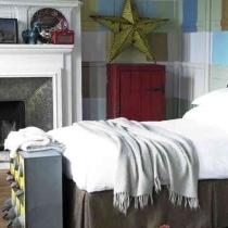 卧室的颜色非常重要,色彩对于人的情绪、感情、与行为都有相当的影响力。