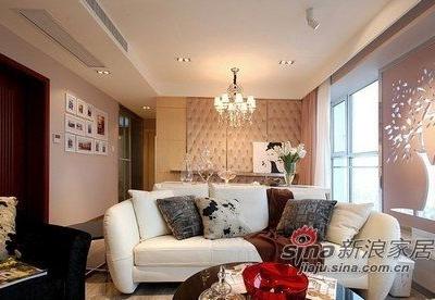 客厅的墙面,很有奢华感吧!