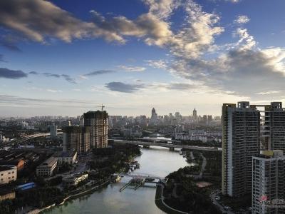 01北阳台远眺两河相交