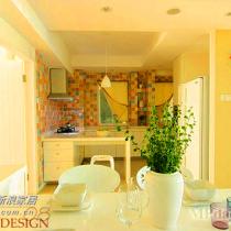 厨房秀半开放式小厨房、L型橱柜设计节省空间