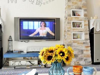 客厅电视墙,铁艺玻璃花瓶