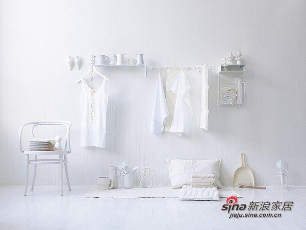 白色系风格 让俺想起徐克《女人不坏》里周迅住的纯白色系房间。。。