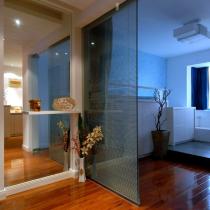 书房的玻璃门
