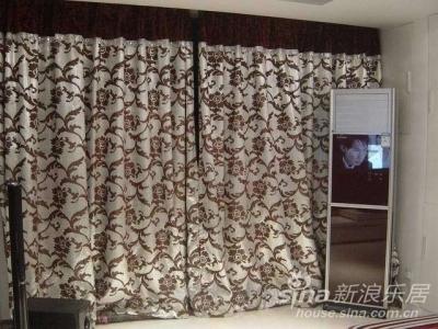 客厅的马赛克窗帘,实际看更加美貌,
