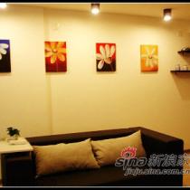 墙上的挂画是吸引客人注意的焦点