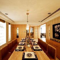 【汤臣豪园】280平别墅年轻白领的现代居室生活