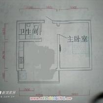 装修的时候把厨房的墙和阳台的墙都拆了,使厅的面积变大