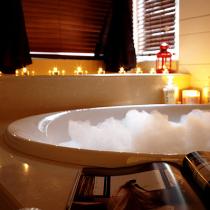 卫生间浴缸