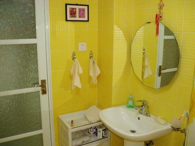 黄(本姓)家浴室