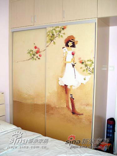 卧室衣柜的柜门是订做的,还可以有不同的图案选择