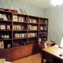 简洁的书房