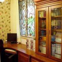 铁艺窗兼具防盗窗的用途
