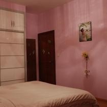 卧室的柜子,我觉得颜色一开始一定要想好要搭配的墙体颜色