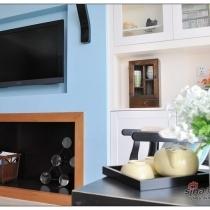 除了明媚的色彩搭配,还要注意那个小木柜噢