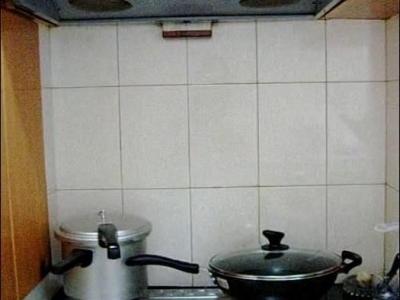 左手边的厨房