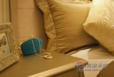 床头柜装饰细节