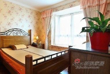 另外一个卧室,带点欧式风格