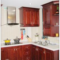 厨房比较小,所以做成开放式的