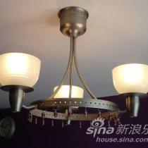 客厅的吊灯