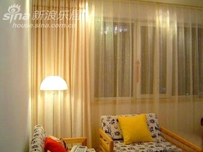客厅 全貌,还缺块地毯~~