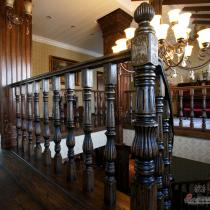 威海华新园,我家里的名杉楼梯