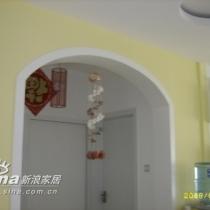 我们的走廊漂亮吧,主要是这个灯选的好,呵呵!!!这个灯选的很大胆吧,一般很少有人用吊灯的,而且还这么长,但放在这个位置,自我感觉很棒!哈哈!!!