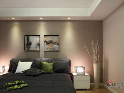 主卧室,墙纸的颜色在灯光下拍出来有点失真,应该是有点类似红豆冰沙的颜色,现场的效果是非常好的。