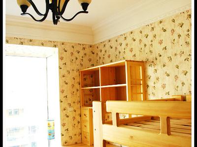 书房+次卧+未来儿童房