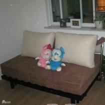 小卧室的折叠床