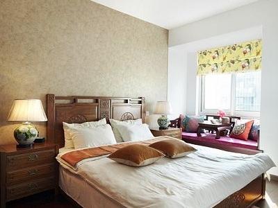 来张整体的照片,虽然是中国风的卧室,但一点也不沉闷哦。